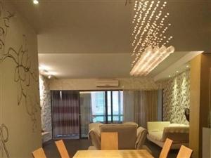 护潭广场新景家园3室2厅2卫152㎡