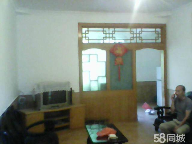 恩阳恩牧大厦4室2厅2卫140�O
