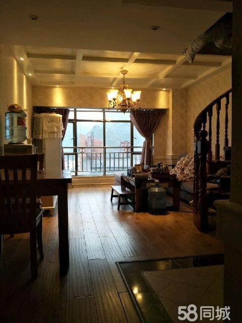 江华国际2室1厅2卫精装修带两台空调2800个月