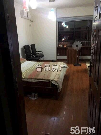 北门金海国际1室1厅37平米精装修年付