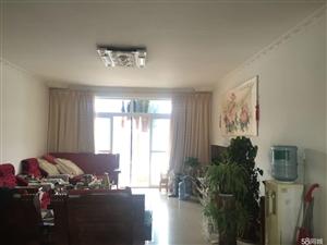 澳门网络下注网站兰溪苑小区4室2厅2卫135.83平米
