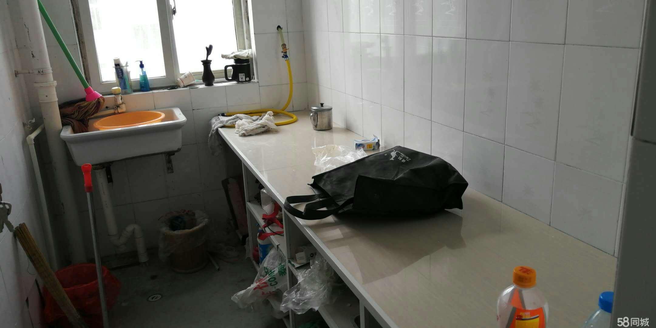 洁式王婆大虾(翠柳路南段)2室2厅1卫