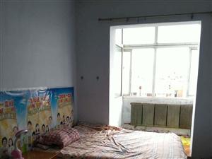 乐购后身友谊小区1室1厅38平米400月租