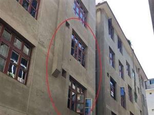 澳门牌九网址达顺路河滨小区9室1厅3卫208平米