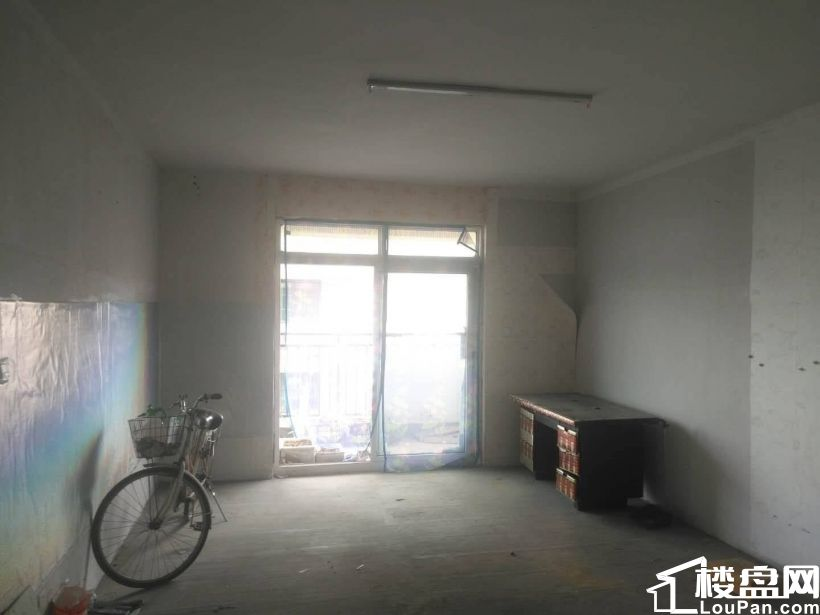 天中國際大三室毛坯樓層好小區環境