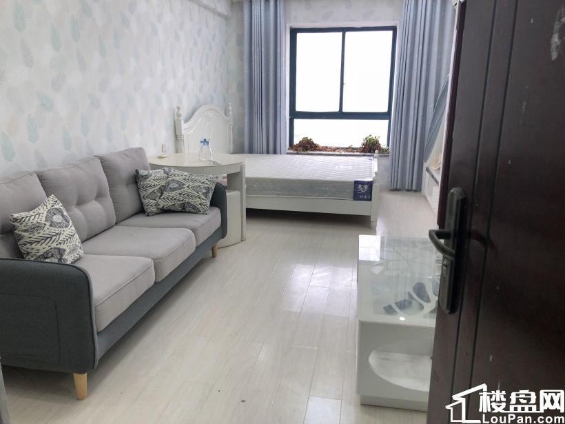 夢想天街旁邊金領公寓 獨立衛生間和廚房戶型好