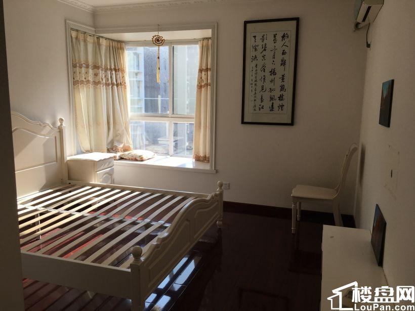 换房急售 亚东城 好户型 123平米三居室 满5唯1
