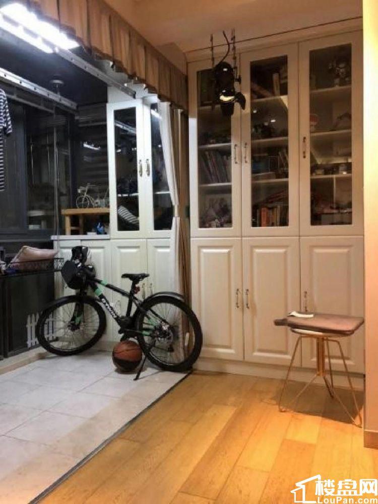 仙林地铁口 南师双学區 换房急售 亚东城东区小两房 满5唯1