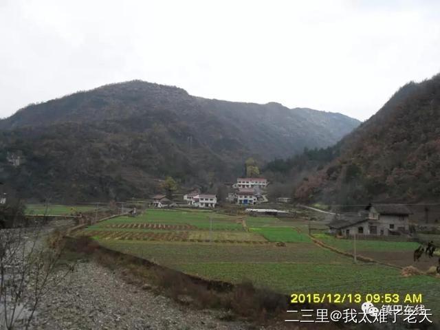 镇巴木竹河消失的寺庙