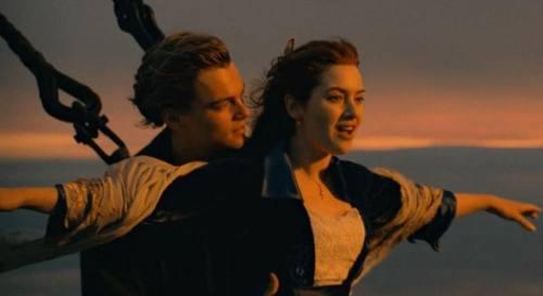 真�粝氤烧�!泰坦尼克�2上映?�@情�真的�哿�