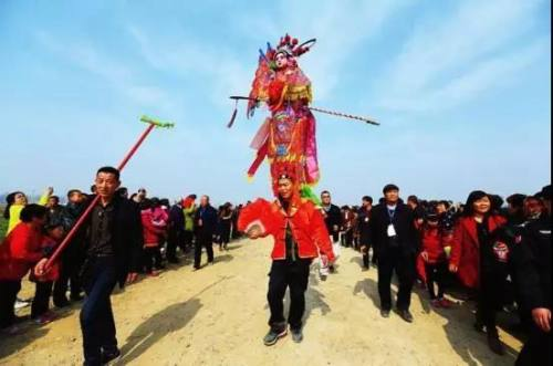 汉中民俗――芯子社火:背芯子