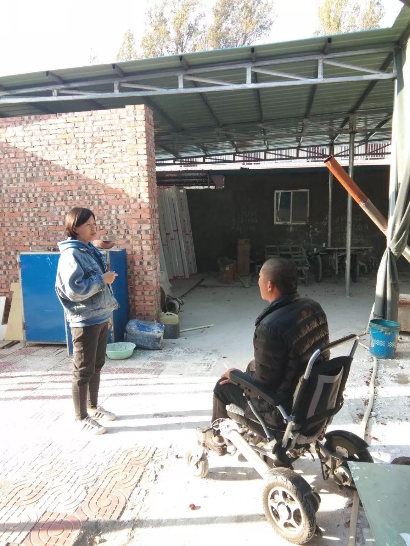 府谷王家畔34岁小伙患病瘫痪,轮椅上创业闯出新天地!