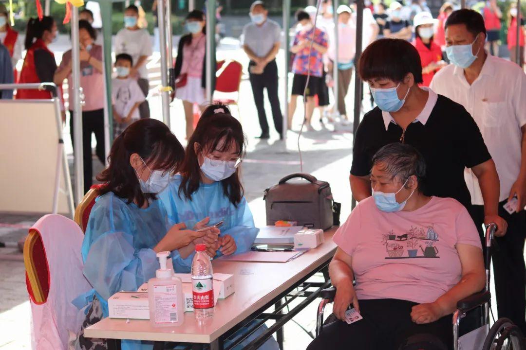 第五轮核检现场,市委书记马志峰勉励的那两位大学生志愿者的自述