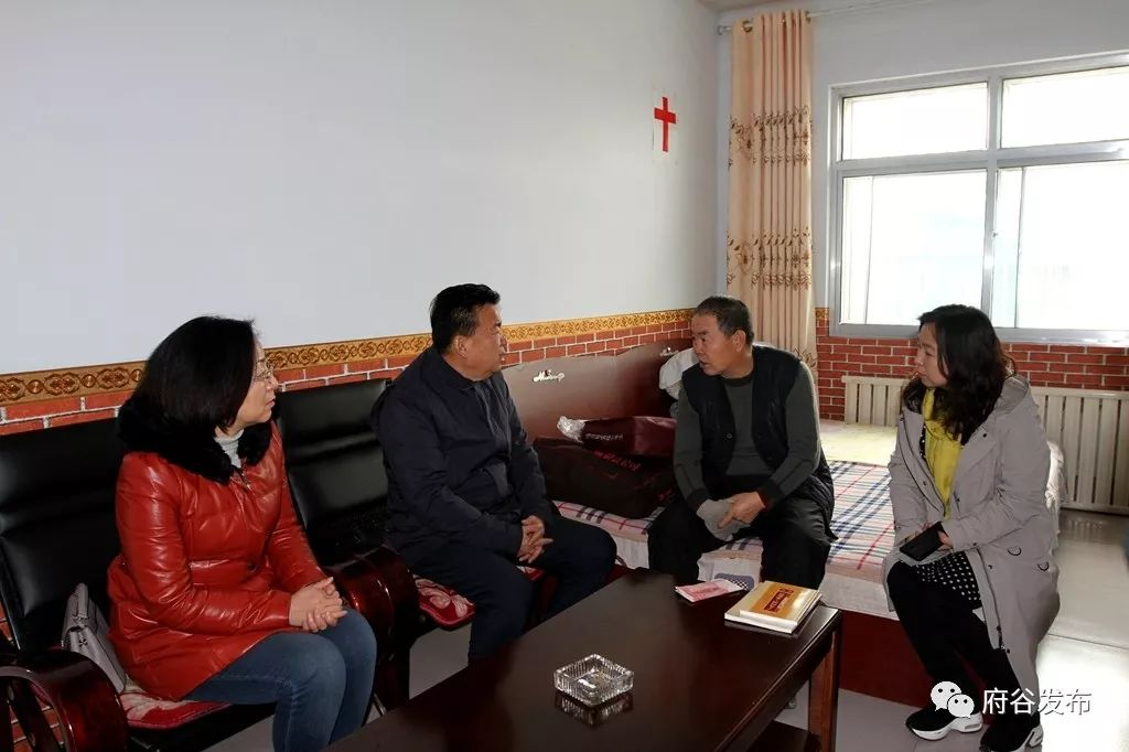王乃延、雷江声开展春节前走访慰问活动