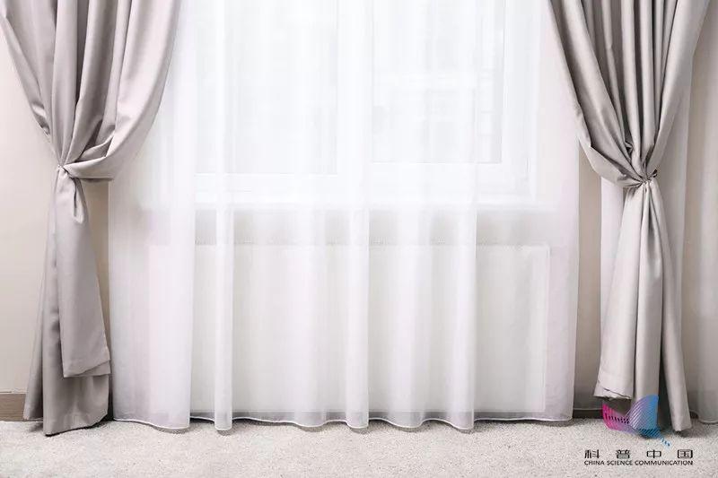 新年大�叱�丨�q布窗�、棉麻布窗�、��到底�怎么洗?原�矶煎e了