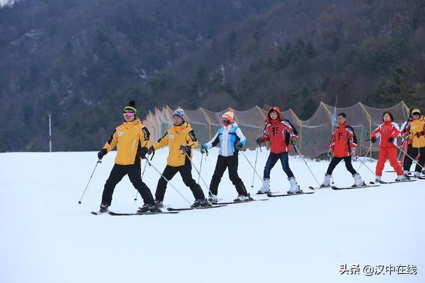 留坝紫柏山国际滑雪场开园在即