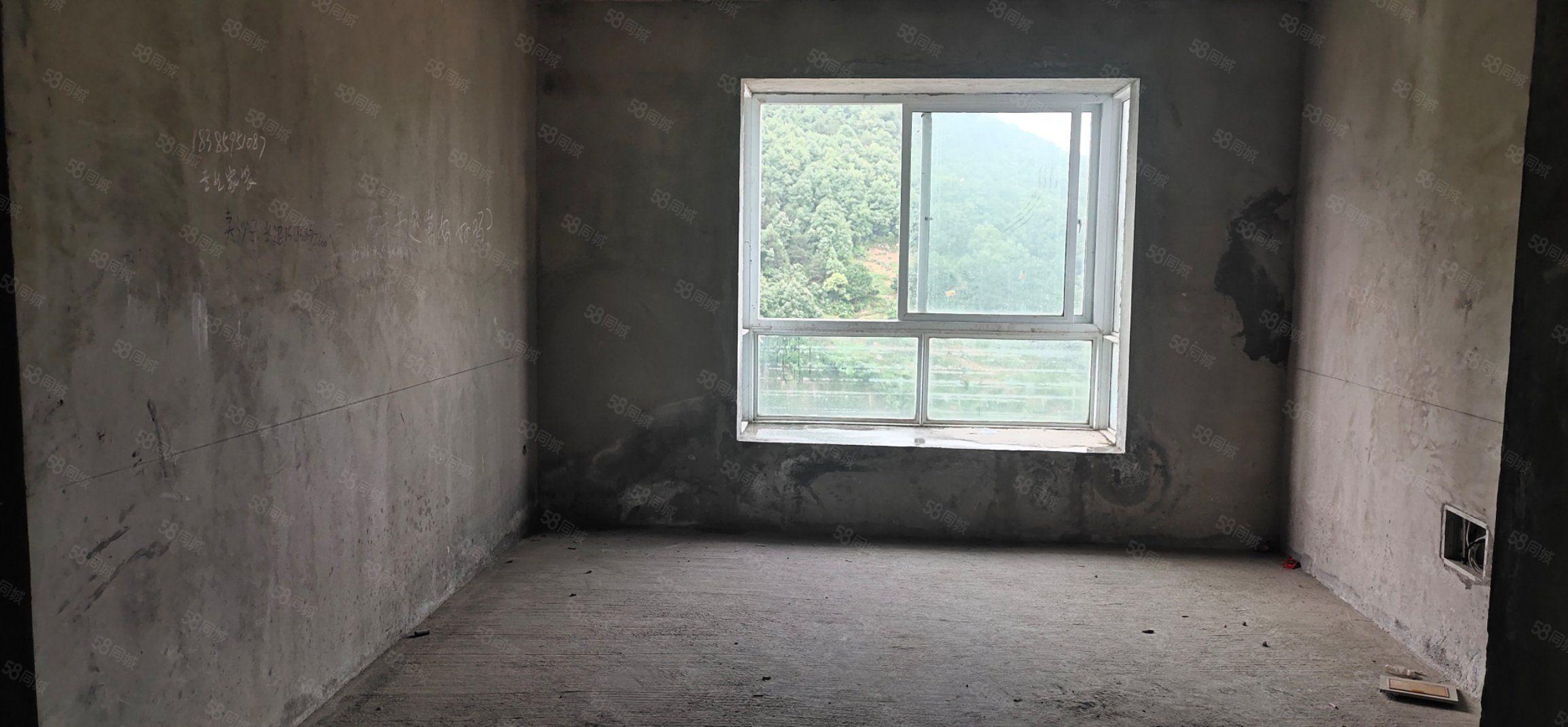 河西苑毛坯房出售,俯瞰城市风光,可支?#32844;?#25581;