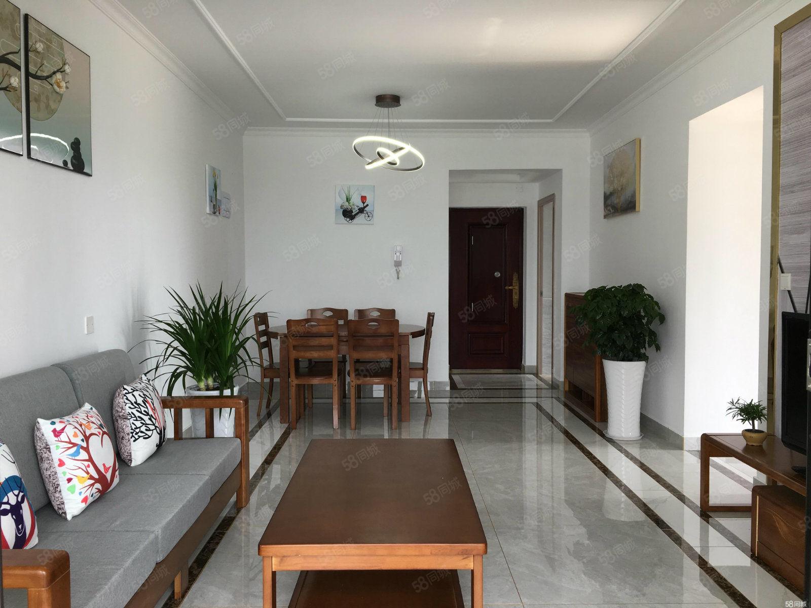 天台路附近小区两室家具家电齐全,拎包入住欢迎看房。