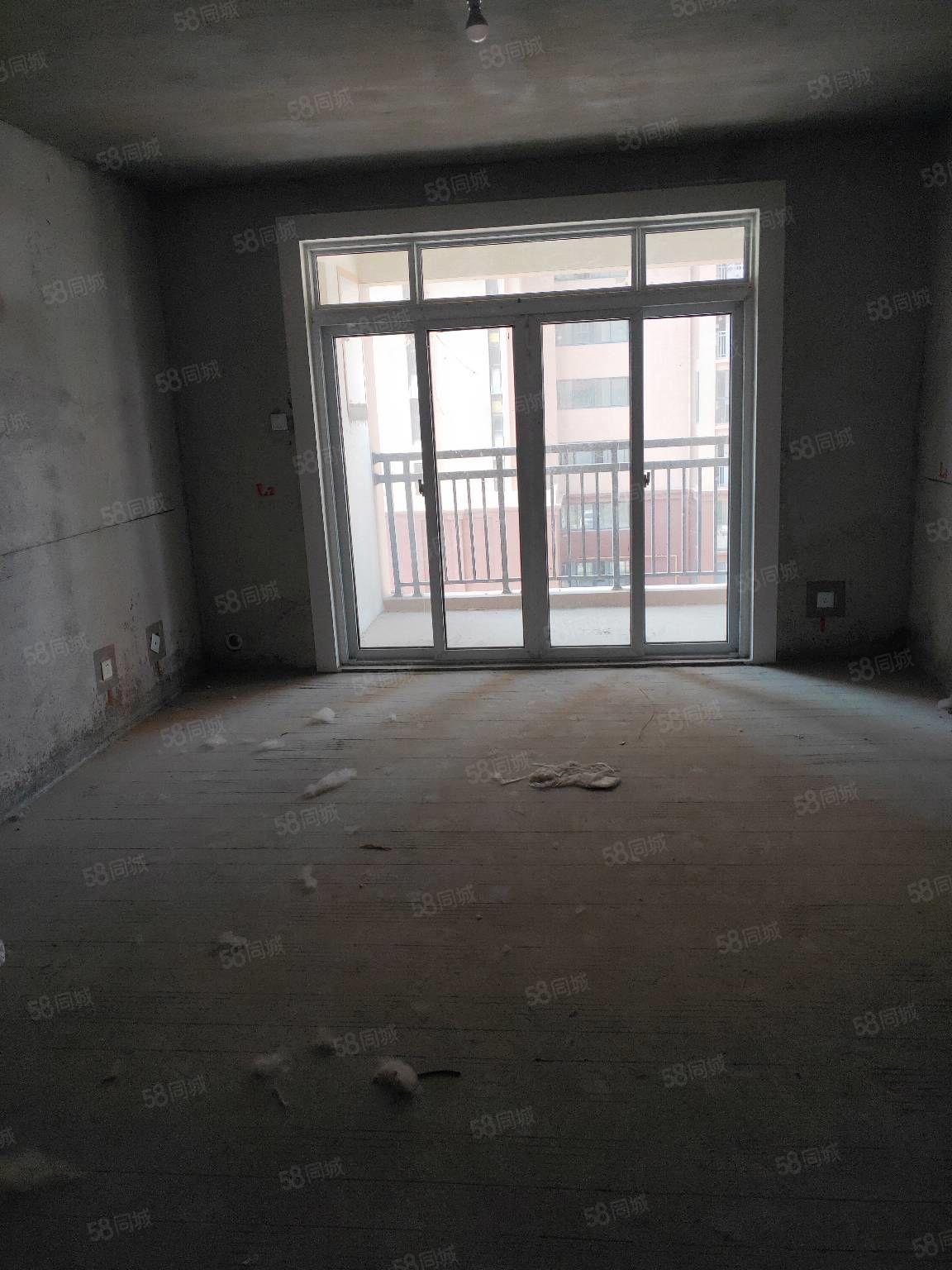 星和灣二期濱河家園三室兩廳,毛坯,