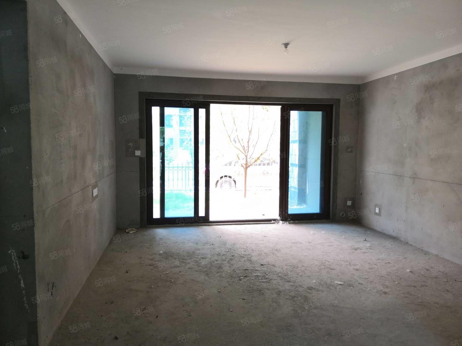 新出碧桂园洋房东边户一口价99.8万,140平,四房两厅