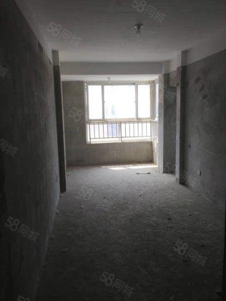 万锦豪庭北苑10楼120平米,毛坯三房,直接更名87.8万