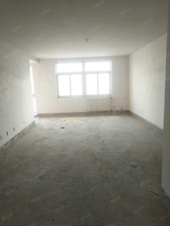 出售�光水岸139平三室�p�l走一手房手�m稀缺的好�粜�