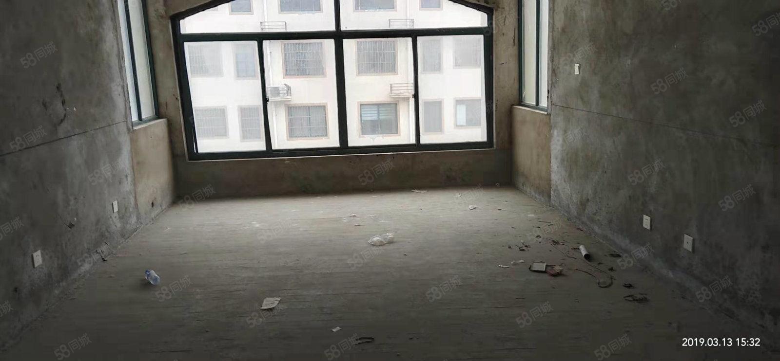 森海豪庭紧缺房源,多层三房,毛坯,可按揭,买就送储藏室
