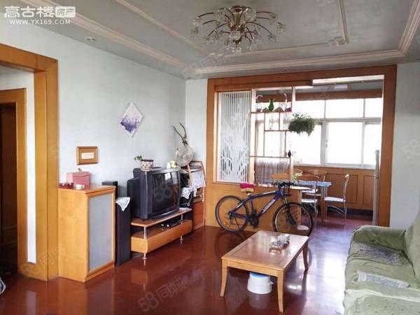 实验中学旁,环球小区4楼3居室,1600一个月带家具澳门金沙平台