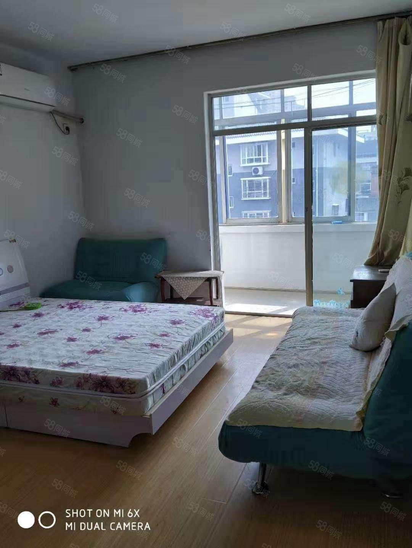 汉中风景路中段2室1厅1厨1卫精装修有家电家具拎包入住