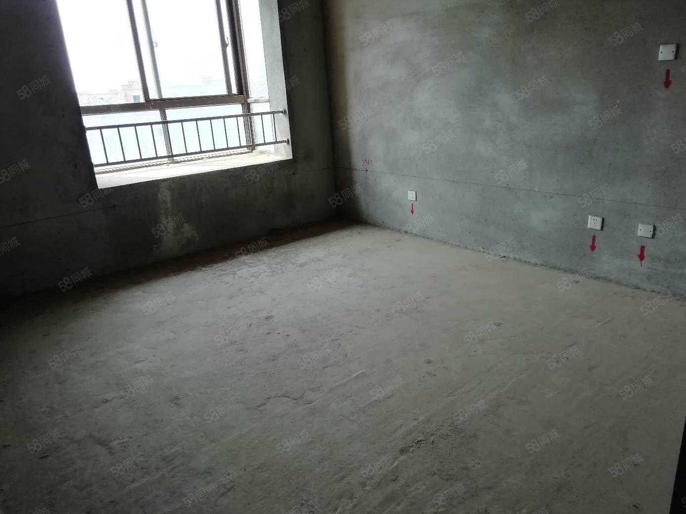 馥桂園一期16樓邊戶,視野開闊陽光充足,與尚書房匯賢華府一起