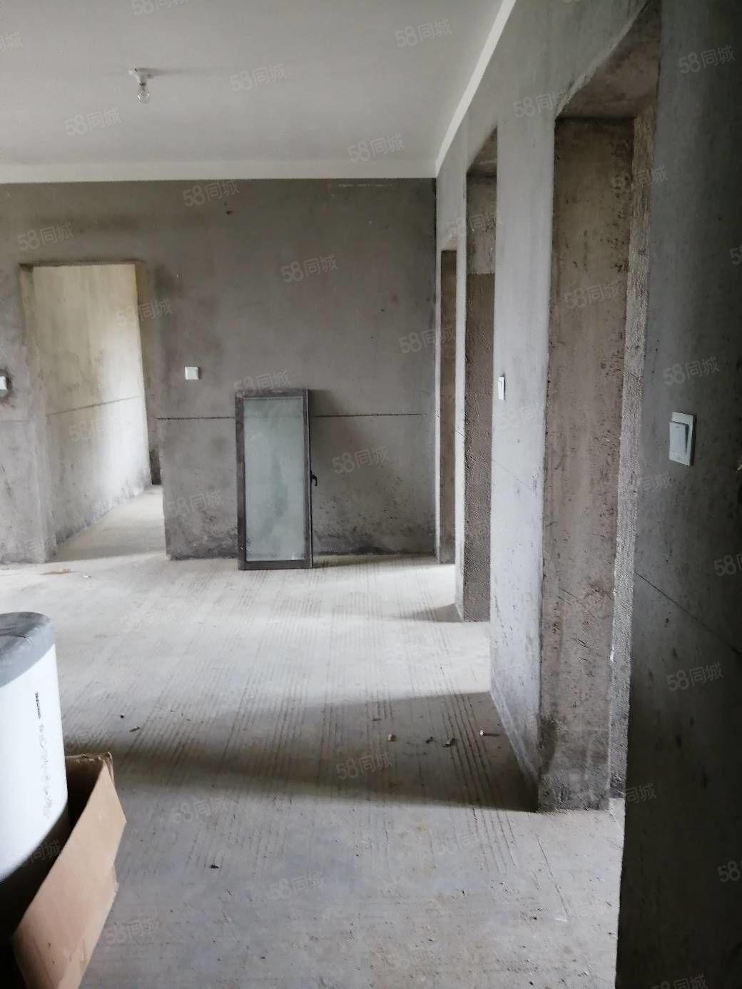 現房鐘秀錦城電梯3室前面無遮擋毛坯可隨時看房