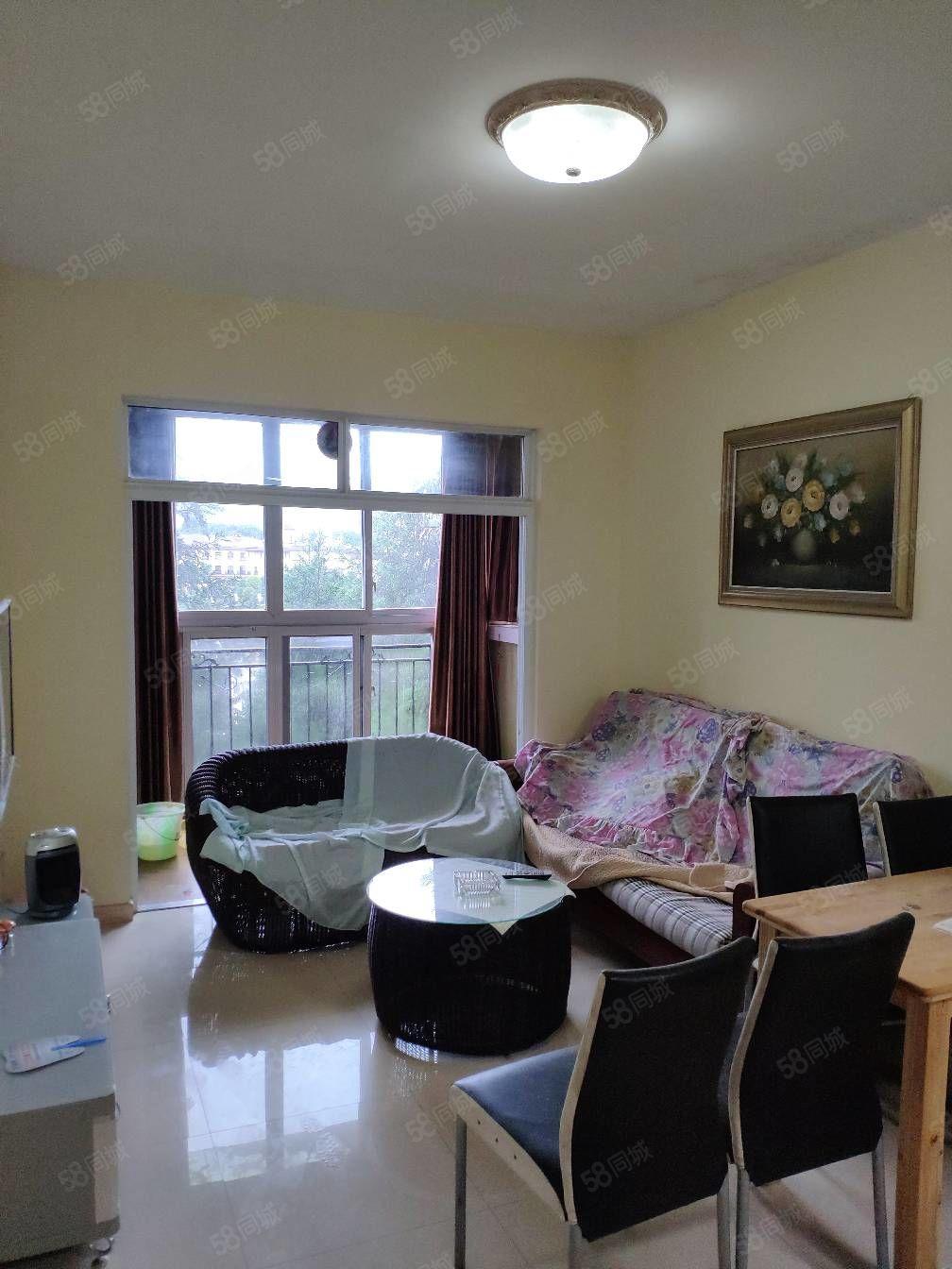 芳草地精裝一室一廳,裝修85新,家具家電齊全,業主急賣