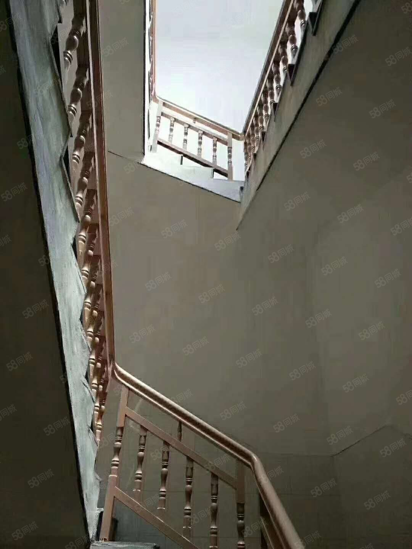 碧水公園幢房出售產權面積240平方米帶露臺25平米