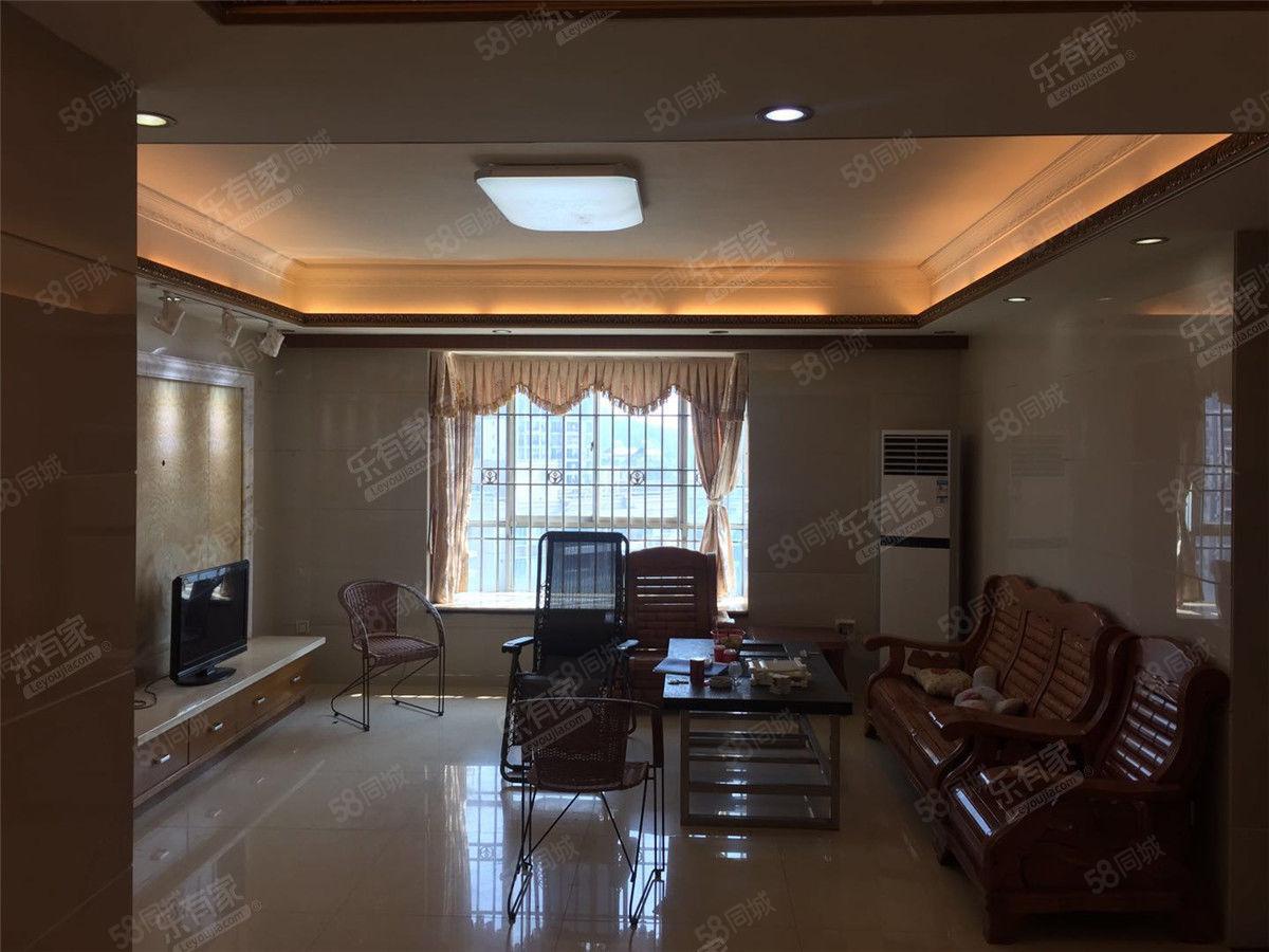 明珠花园,豪华装修电梯房,满五唯一,税费少,高楼层澳门皇冠网址
