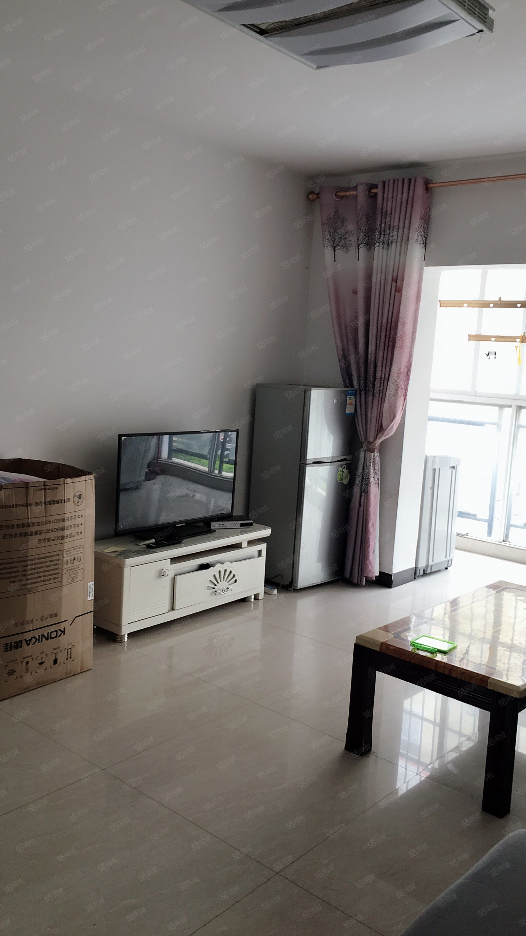 上海路大山花园2房南北通透步梯2楼950元每月