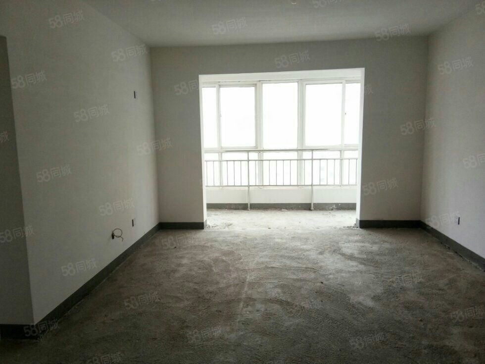 福门新天地三室两厅一卫中上楼层