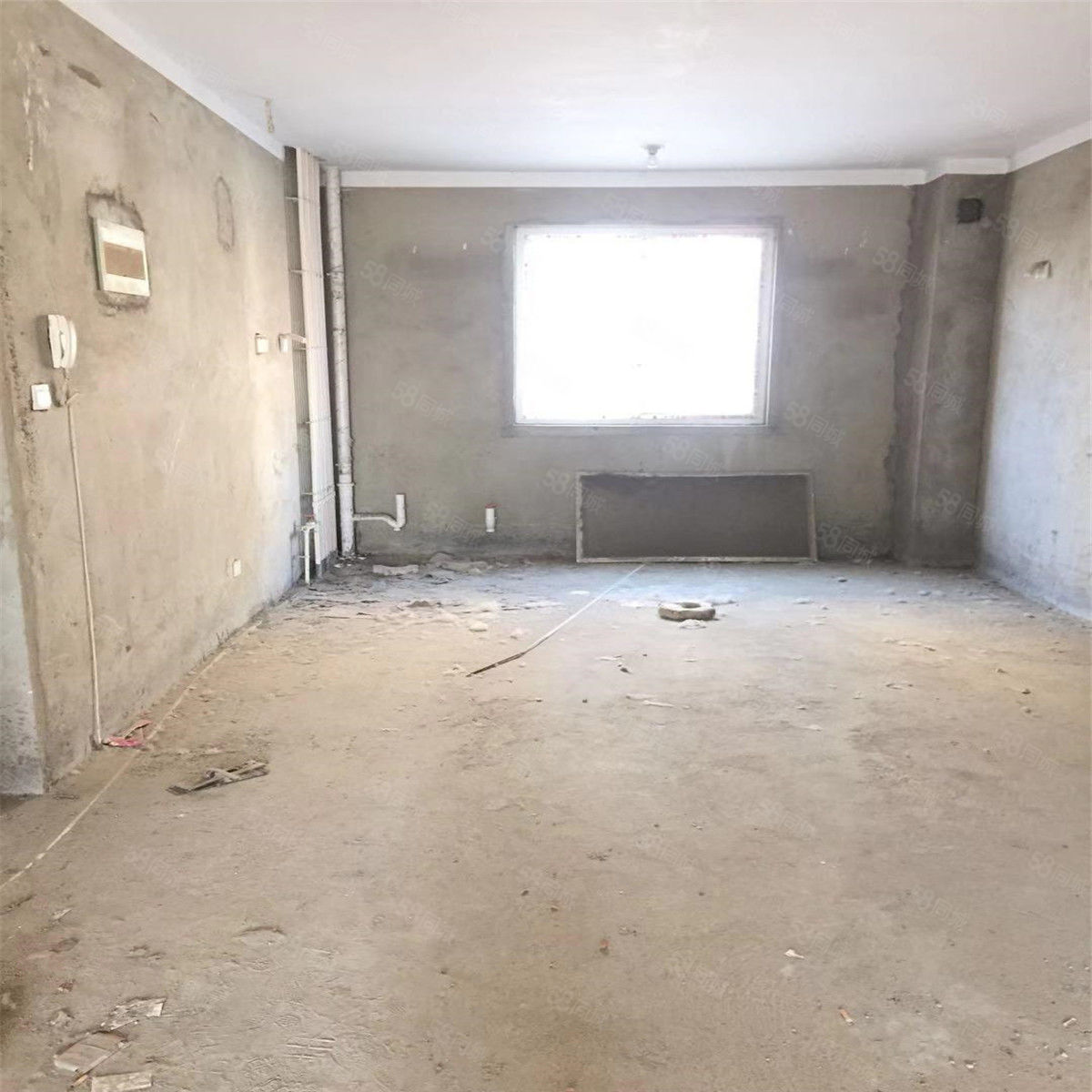 毛坯3室2厅2卫1阳台地铁沿线超值因房子