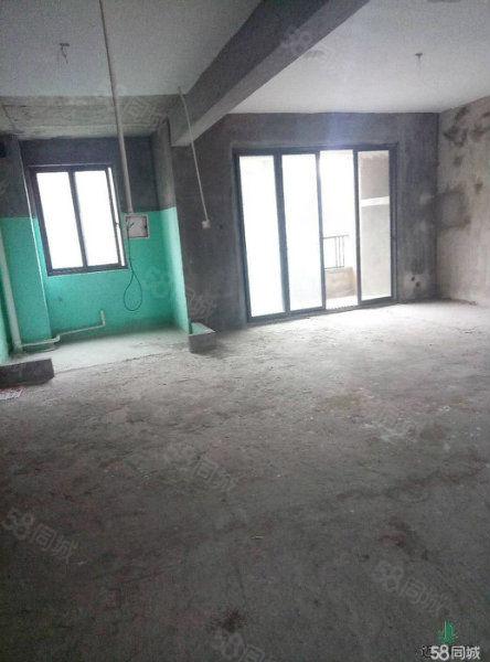 南岸新社区,万象城,电梯三房,单价不到1.13万