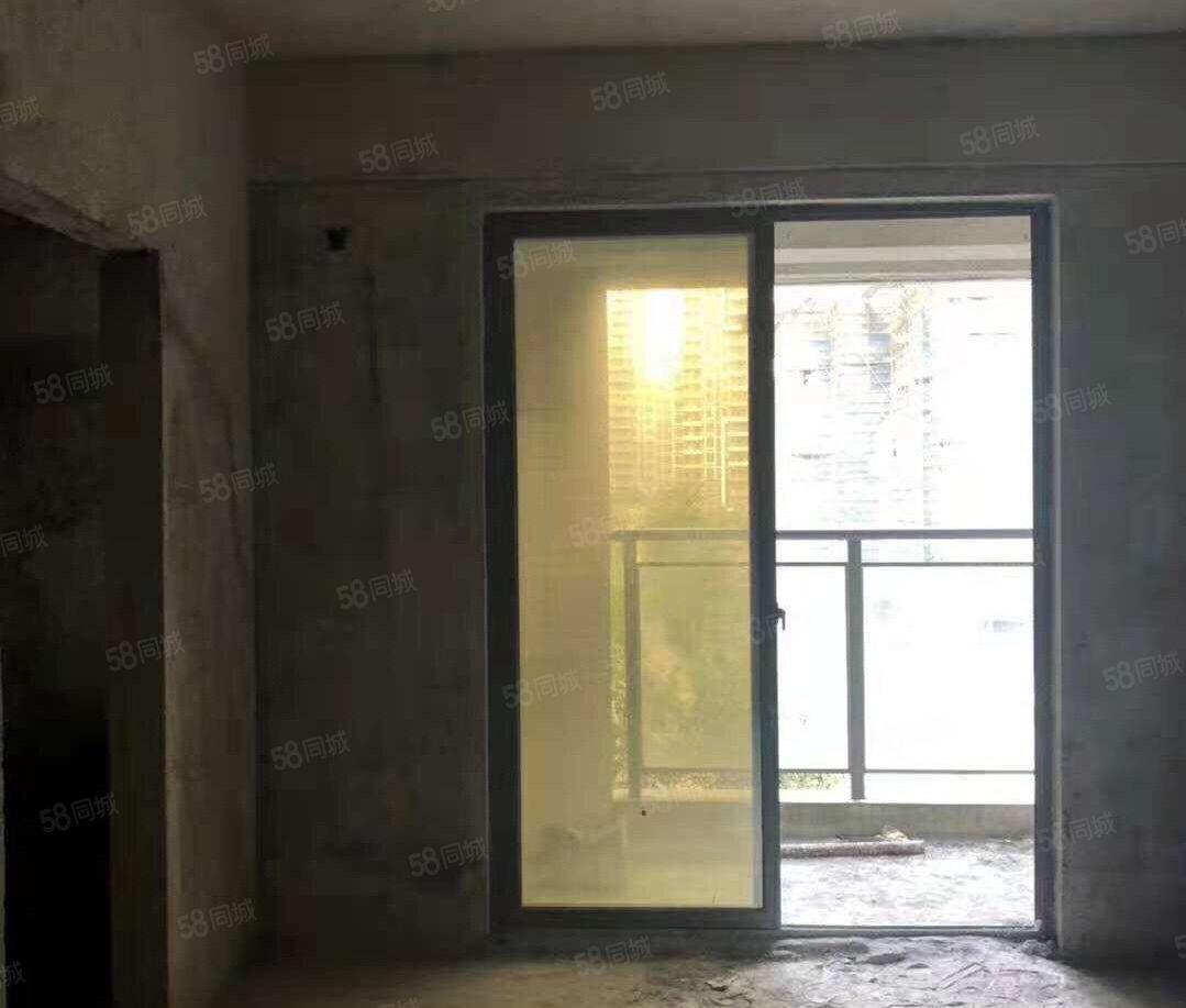 阳东京源上景电梯毛坯2房31.8万4000几元/平方