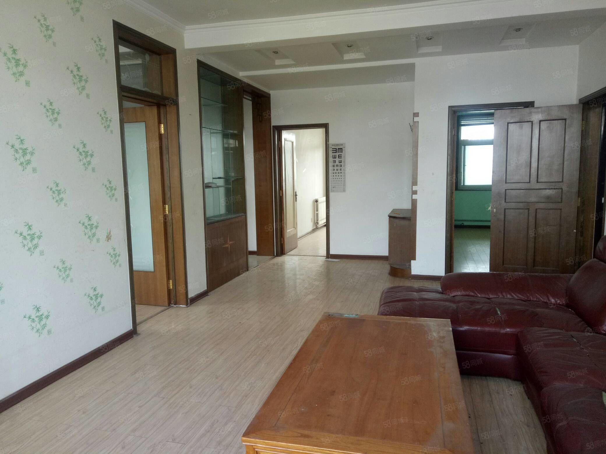 沂山嘉苑緊鄰龍泉實驗學區房136平帶閣樓90平大車庫