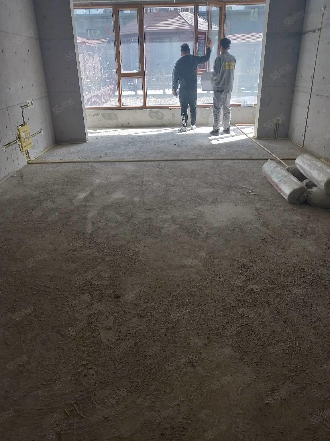 长青家园C区6楼52平米毛坯,急售急售12万