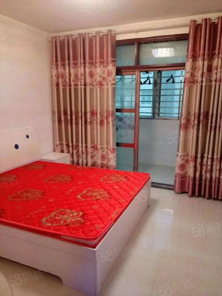 经济适用房,精装修,家具齐全,拎包入住,带地下室。