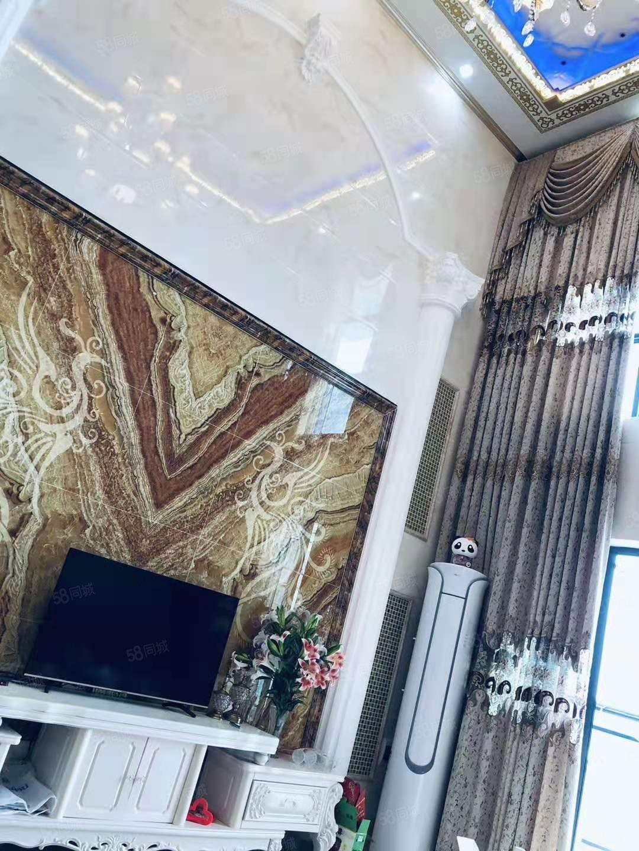 信和园复式,210方,豪华装修,送全屋家私家电,包过户急售
