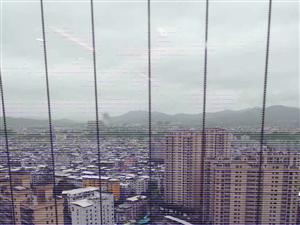 天和国际公馆电梯高层小三房出售