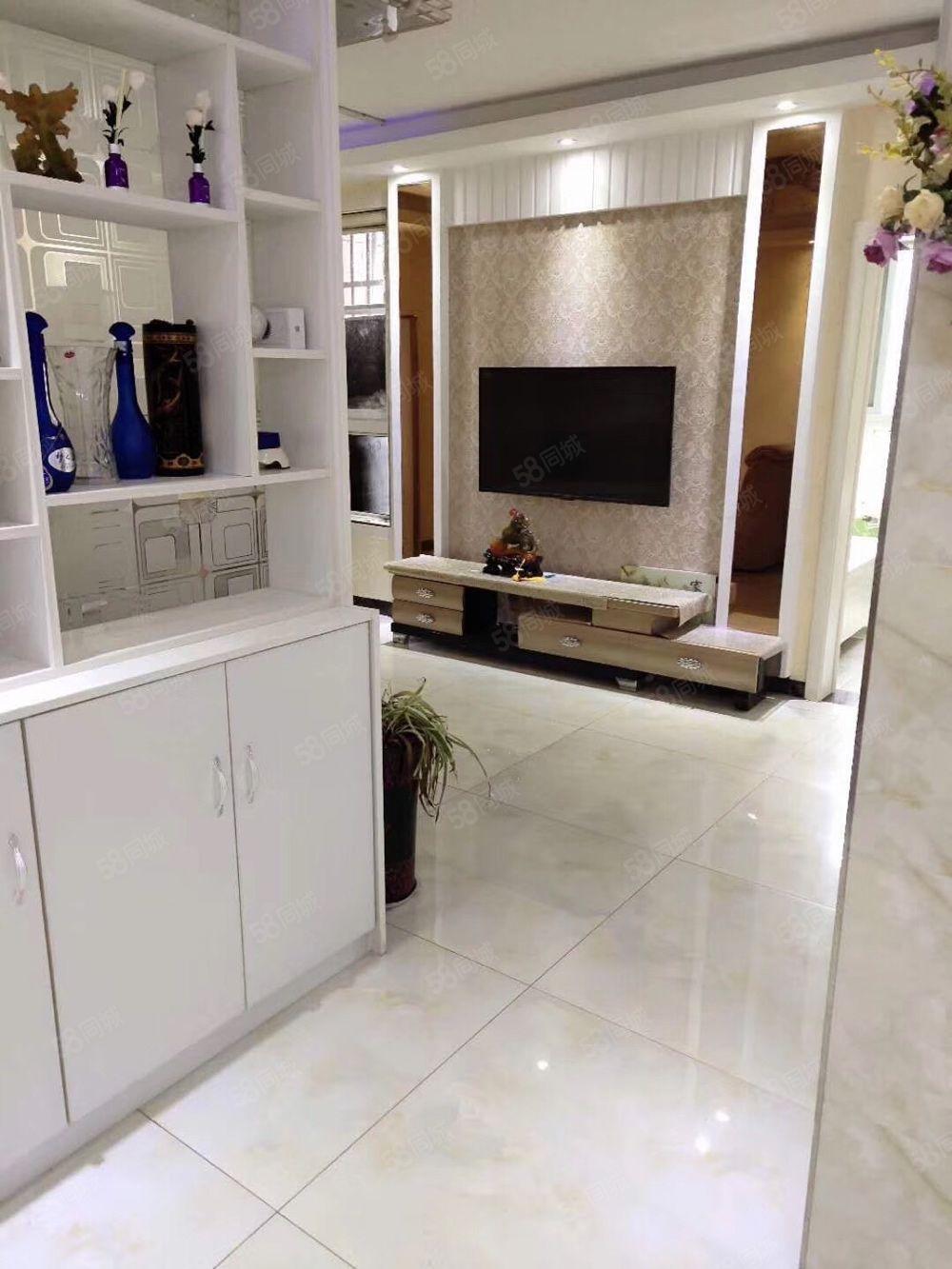 香格里拉電梯17樓.高18精裝二室品牌家具家電全送