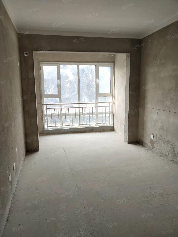 滨河阳光89平2室2厅1卫有证毛坯价格120万,车位另算
