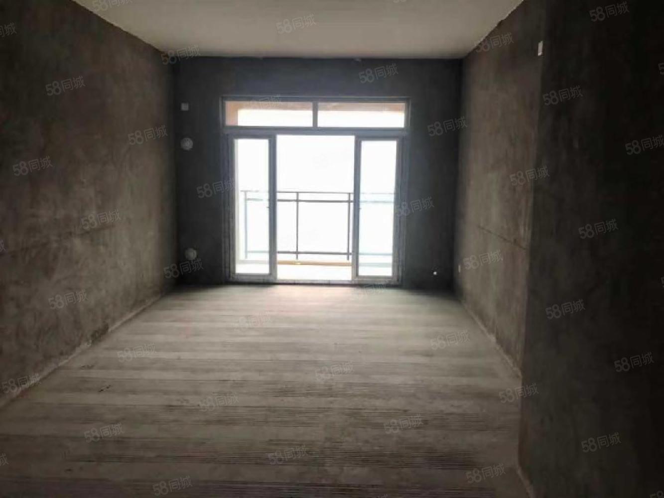 贵博江景房三室出售!正看江!市场优质房!搞快哦!