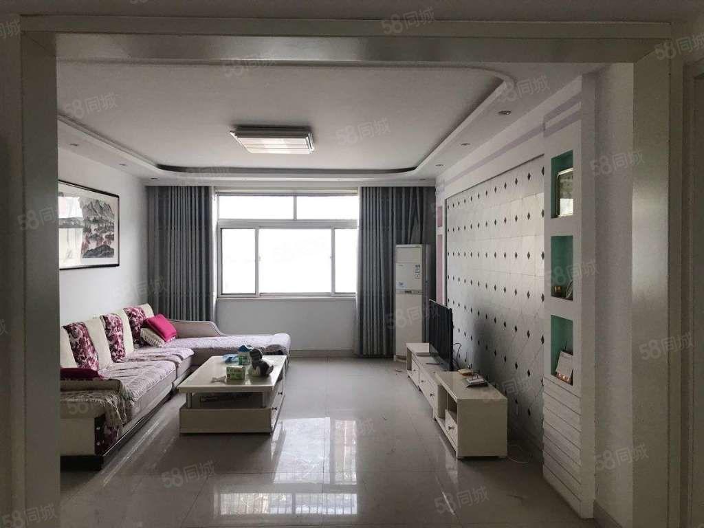 好楼层140平精装带储藏室双证可随时过户实图拍摄