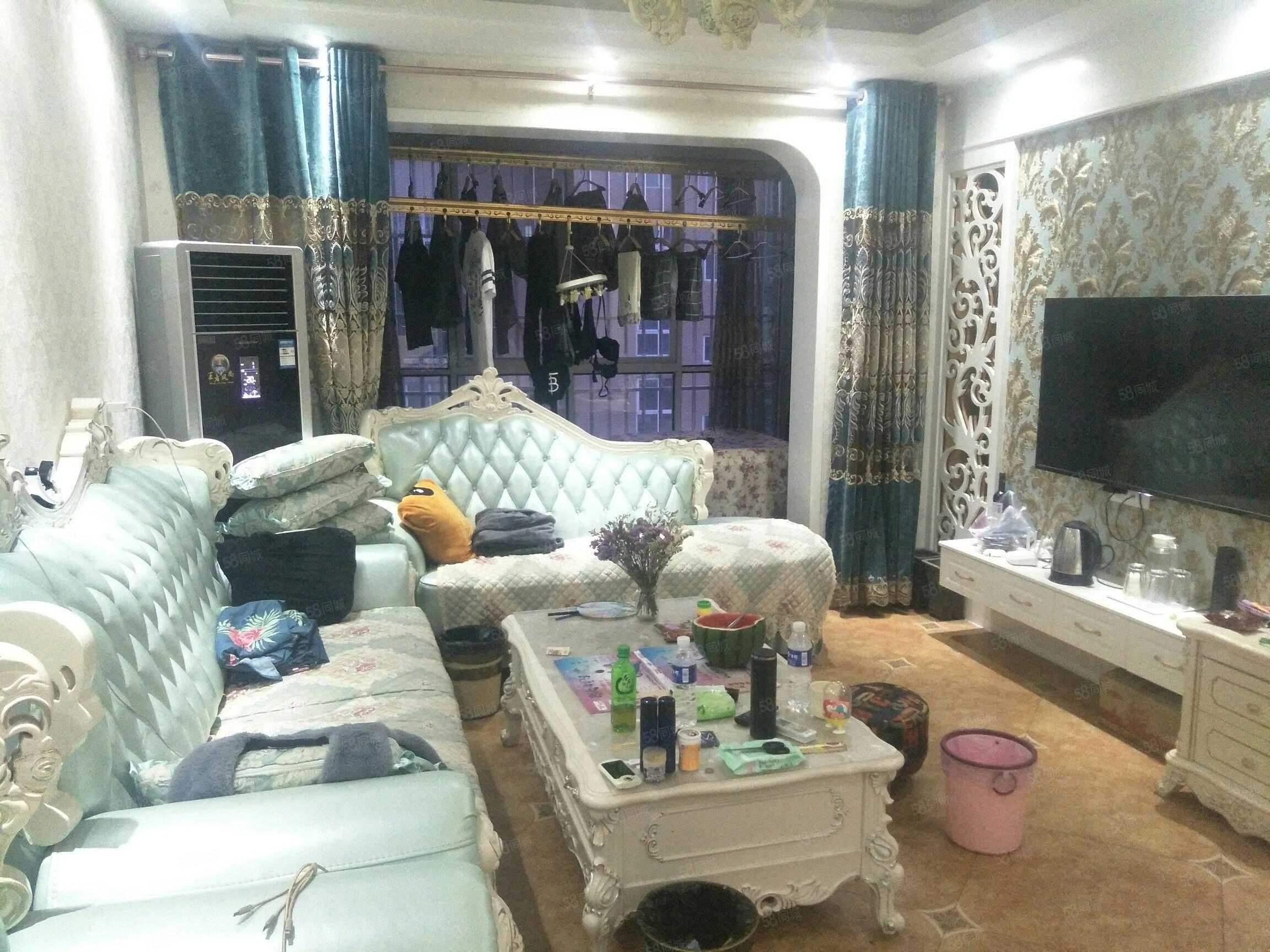 爆米花ktv附近共城华庭豪华型2室现场看房更漂亮紧俏房