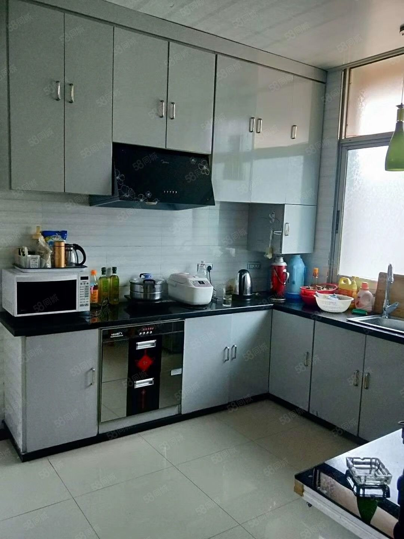亿嘉房产中介泉东市场5室2厅1卫住房出售,160关门卖